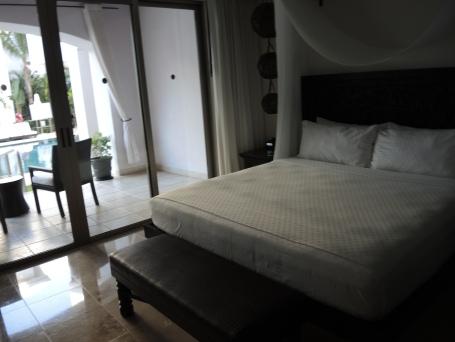 Junior Suite: Bedroom