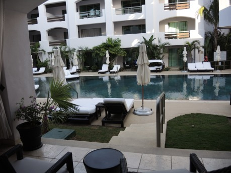 Junior Suite: Pool View