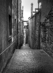 An Edinburgh Alleyway just as the city rose for the day.