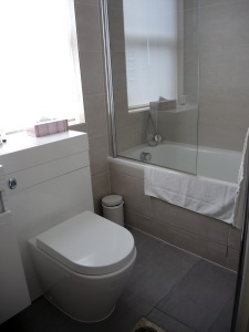 Single Room, Bathroom - London Lodge Hotel