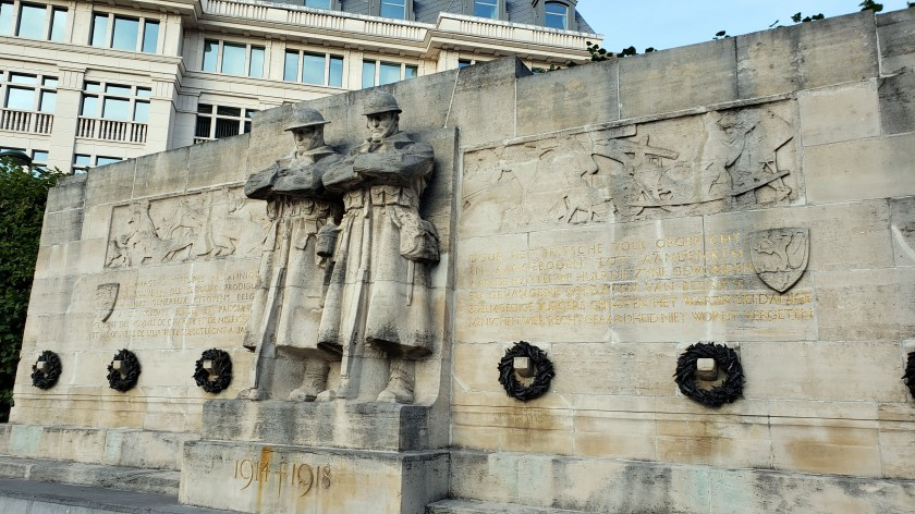The Anglo-Belgian War Memorial commemorates the support given by the Belgian People to British prisoners of war during the First World War.