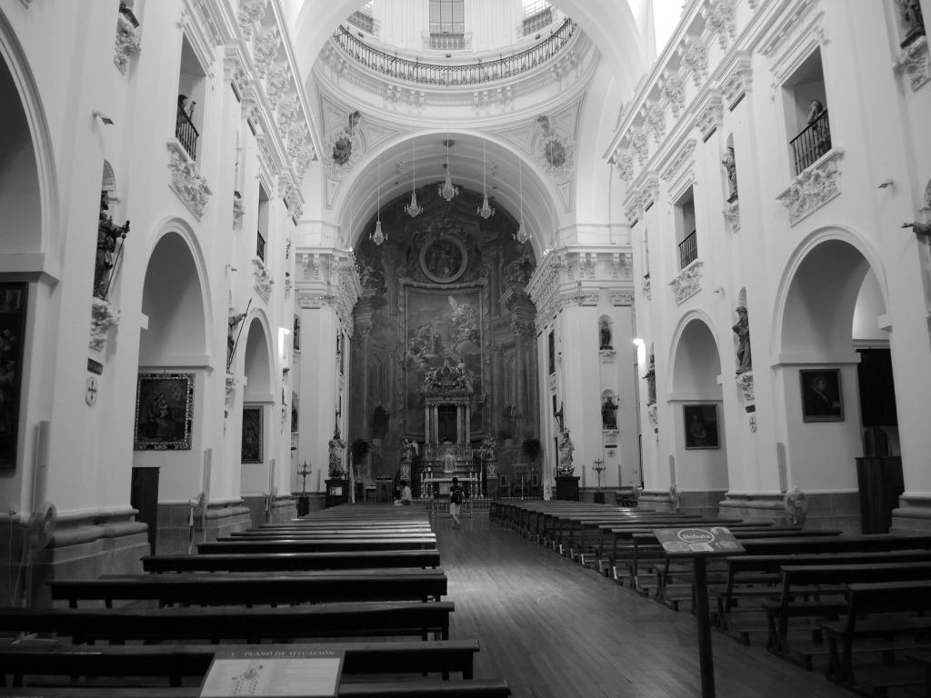 Inside Iglesia de San Ildefonso Jesuitas
