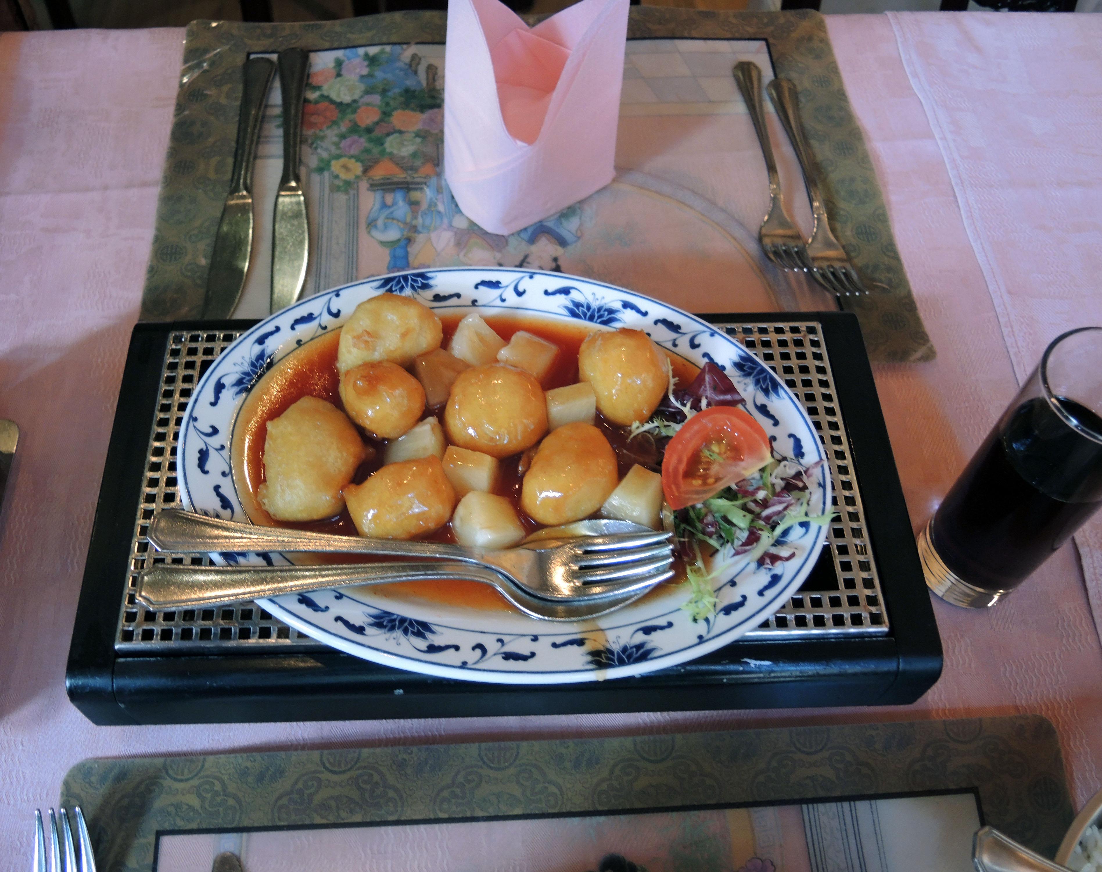 Sweet & Sour Chicken at De Lange Muur Bvba